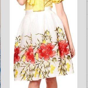 Gracia White Floral Embroidered Circle Skirt